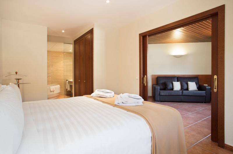 Foto 25 Hôtel Hotel Abba Xalet Suites  , SISPONY