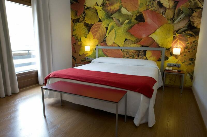 Photos of Hotel Pessets in SORT, SPAIN (7)