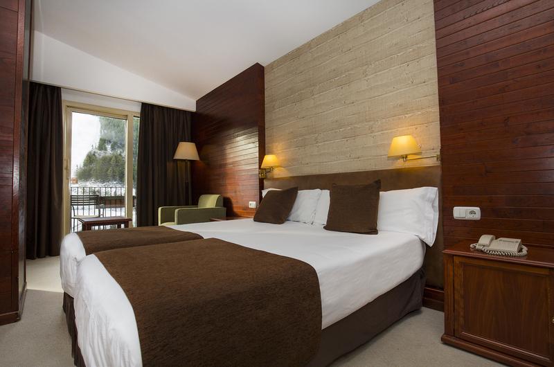 Hotel Piolets Soldeu Centre41