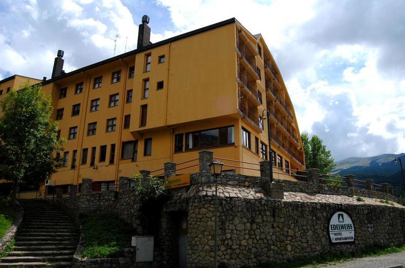 YOY Edelweiss Cerler Hotel2