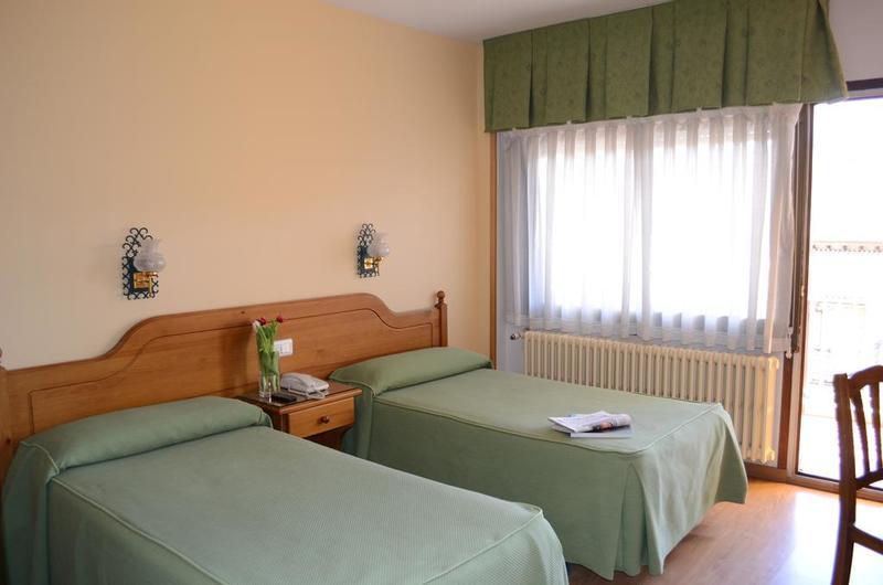 Fotos de Hotel Mi Casa en SABIÑANIGO, ESPANYA (12)