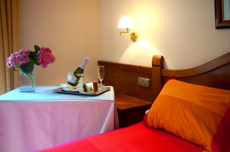 Hotel Montané Sup.9