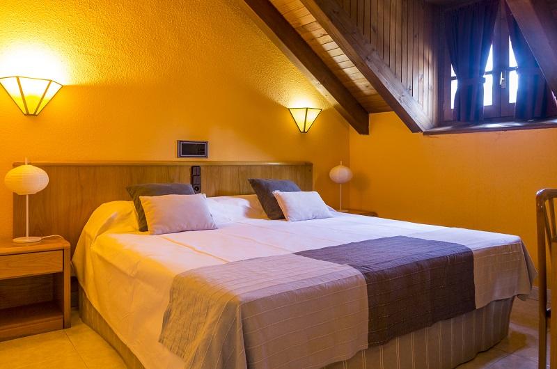 Fotos de Hotel San Anton en BENASQUE, ESPANYA (10)