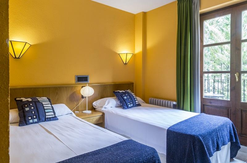 Fotos de Hotel San Anton en BENASQUE, ESPANYA (9)