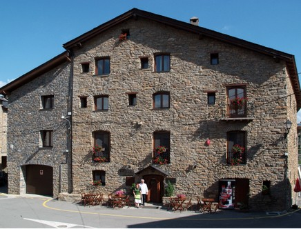 Foto 1 Hotel Ca l'Anton (Turisme Rural), PUJALT