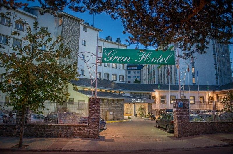 Fotos de Gran Hotel Jaca en JACA, ESPANYA (1)