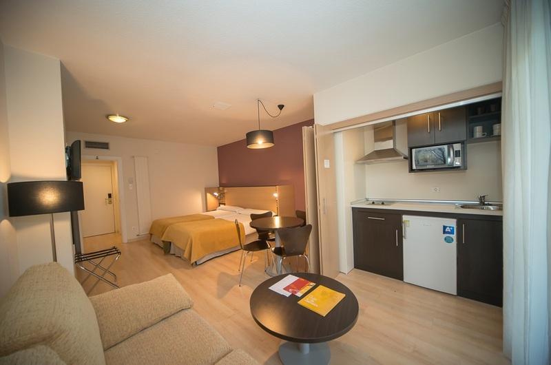 Fotos de Aparthotel Oroel en JACA, ESPANYA (13)