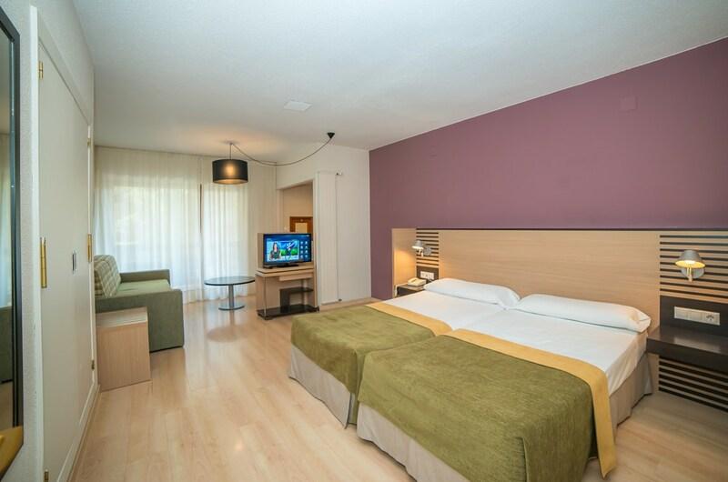 Fotos de Aparthotel Oroel en JACA, ESPANYA (14)