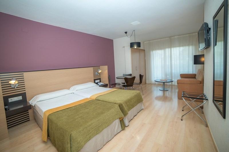 Fotos de Aparthotel Oroel en JACA, ESPANYA (16)