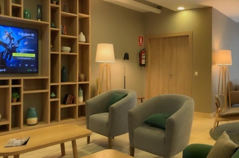 Fotos de Aparthotel Oroel en JACA, ESPANYA (9)
