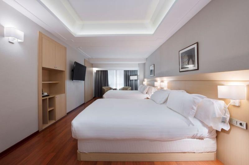 Foto 13 Hotel Hotel Holiday Inn , ANDORRA LA VELLA
