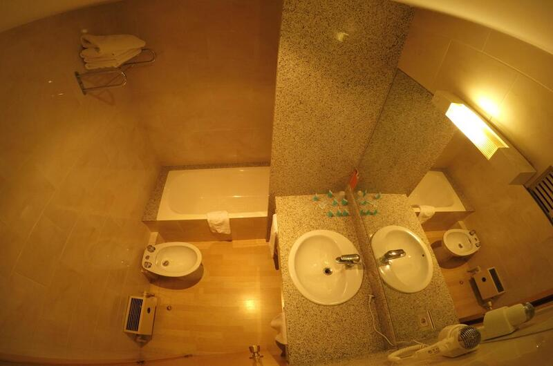 Fotos de Hotel City M28 en ANDORRA LA VELLA, ANDORRA (13)