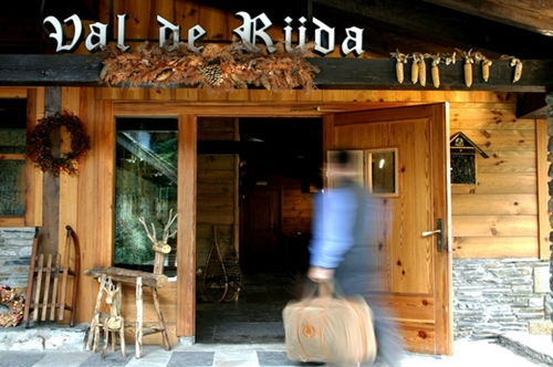 Photos of Hotel Chalet Val De Ruda in BAQUEIRA 1500, SPAIN (2)