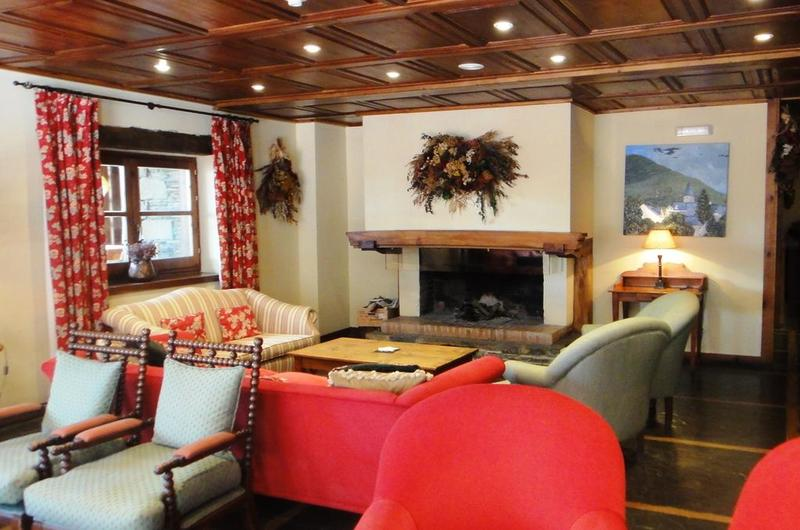 Photos of Hotel Chalet Bassibe in BAQUEIRA BERET, SPAIN (3)