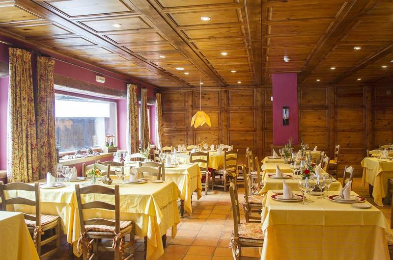 Photos of Hotel Chalet Bassibe in BAQUEIRA BERET, SPAIN (4)