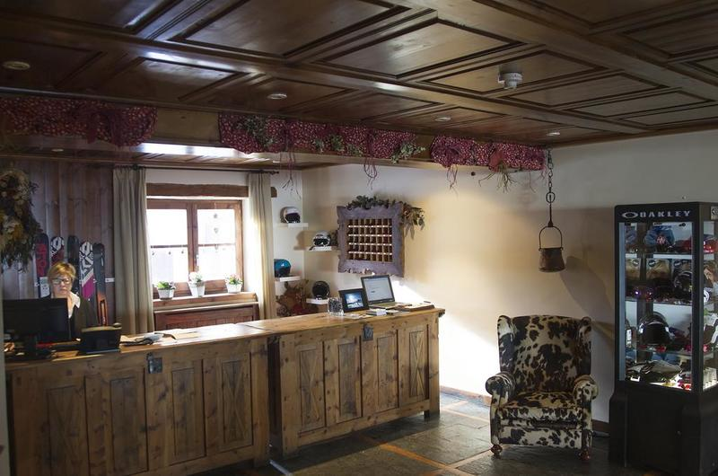 Photos of Hotel Chalet Bassibe in BAQUEIRA BERET, SPAIN (6)