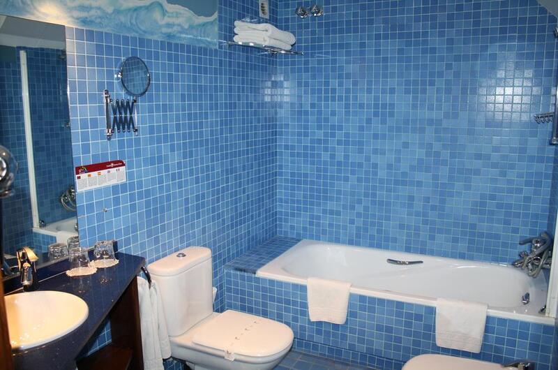 Fotos de CASA ESTAMPA HOTEL en ESCUNHAU, ESPANYA (8)