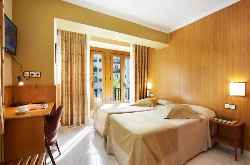 Foto 13 Hotel Hotel Univers, ENCAMP
