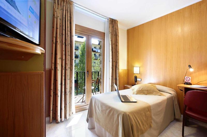Foto 15 Hotel Hotel Univers, ENCAMP