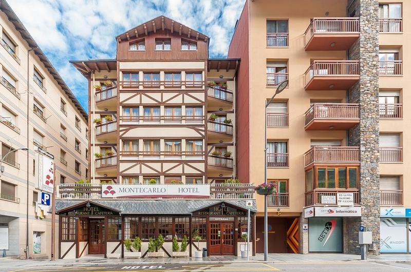 Fotos de Hotel Montecarlo en ENCAMP, ANDORRA (1)