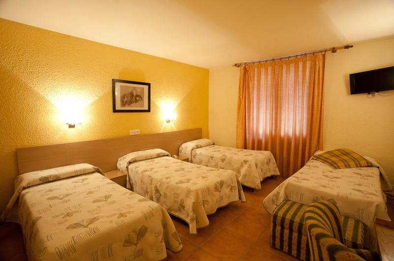 Photos of Hotel La Paz in JACA, SPAIN (11)