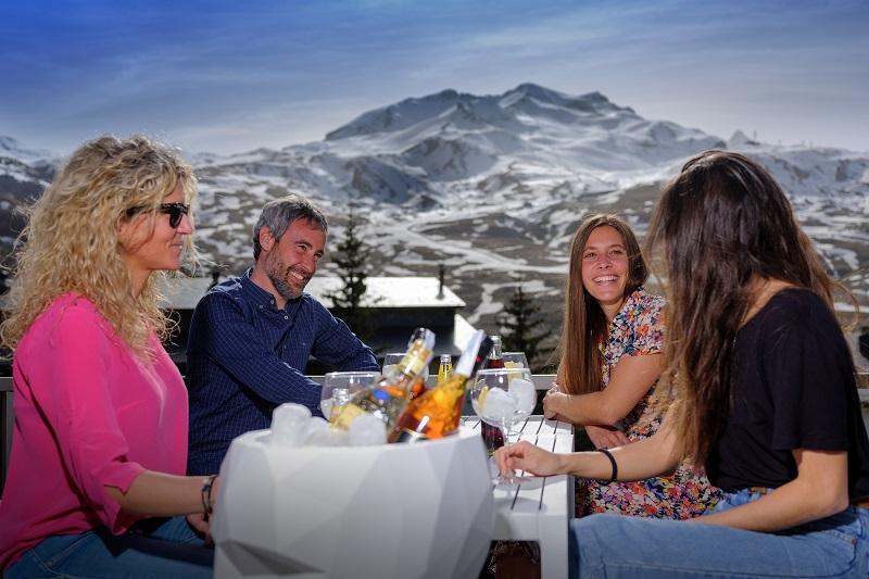 Fotos de FUN Aragón Hills Hotel & Spa en FORMIGAL, España (2)