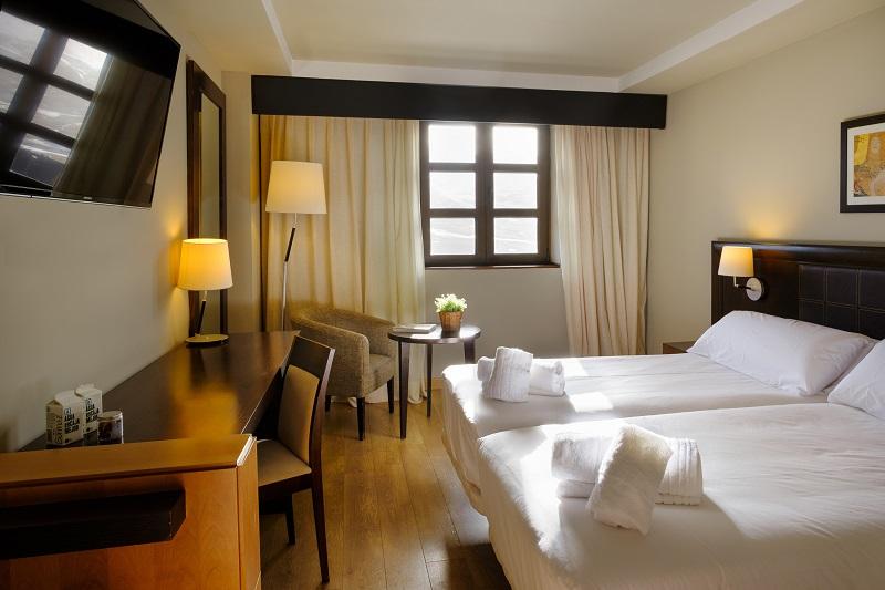 Fotos de FUN Aragón Hills Hotel & Spa en FORMIGAL, España (8)
