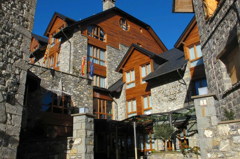 Photos of HOTEL EL PRIVILEGIO DE TENA in PANTICOSA, SPAIN (1)