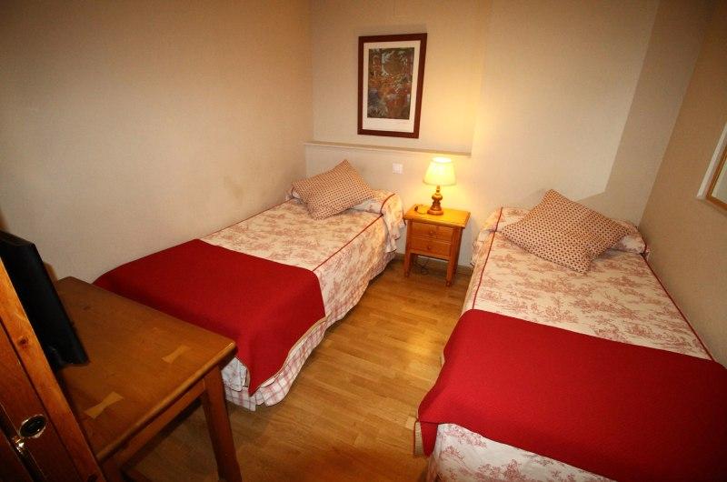 Hotel Villa De Sallent 33