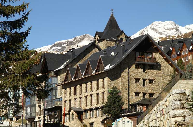 Hotel Villa De Sallent7