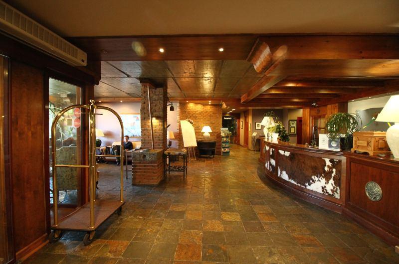 Hotel Villa De Sallent 411