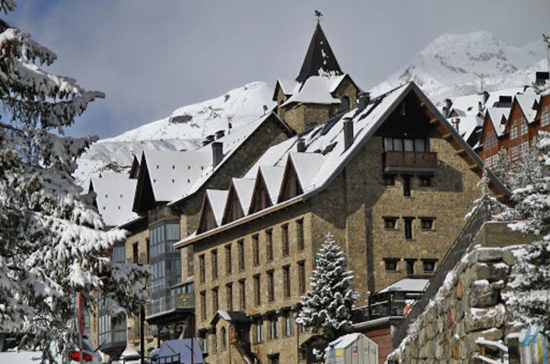 Hotel Villa De Sallent 416