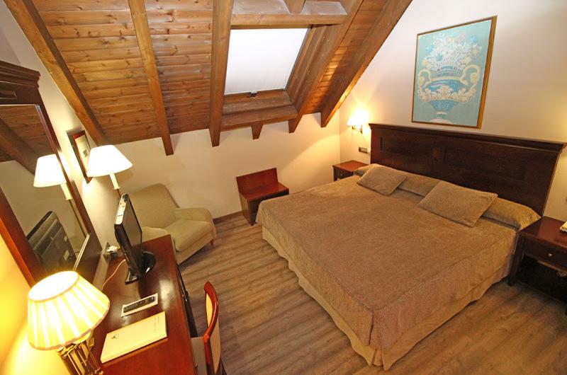 Hotel Villa De Sallent 421