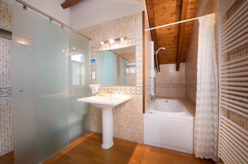 Fotos de Hotel Conde Aznar en JACA, ESPANYA (5)