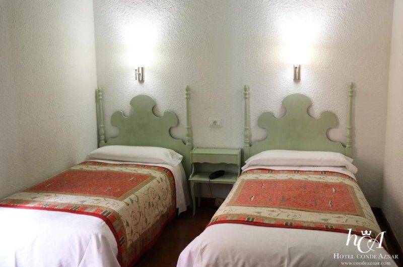 Fotos de Hotel Conde Aznar en JACA, ESPANYA (9)