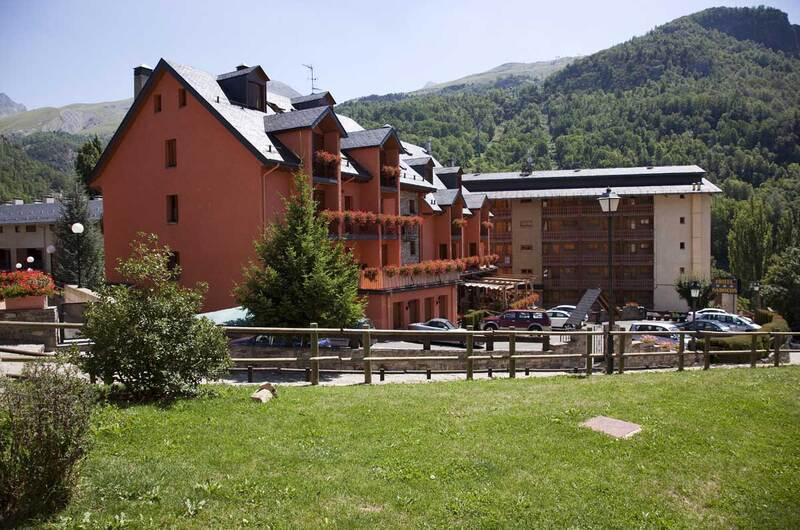Foto 1 Hotel Hotel Sabocos, PANTICOSA