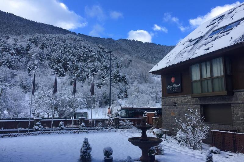 Fotos de Hotel Gran Chalet en BETREN, España (2)