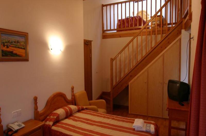 Fotos de Hotel Can Mestre en EL PONT DE SUERT, ESPANYA (9)