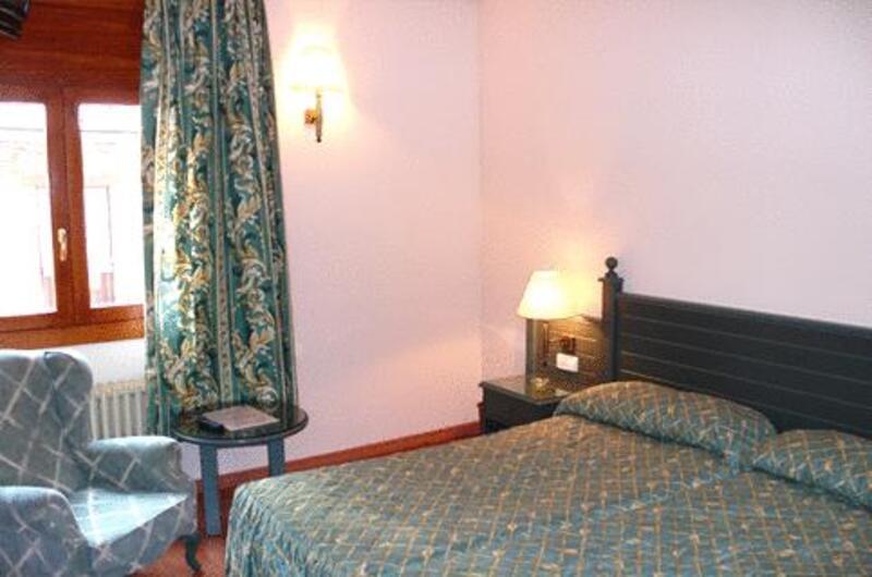 Foto 11 Hotel Hotel Sant Jordi, ANDORRA LA VELLA