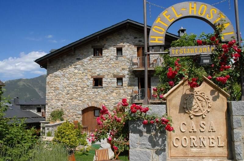 Foto 2 Hotel Hotel Casa Cornel, CERLER
