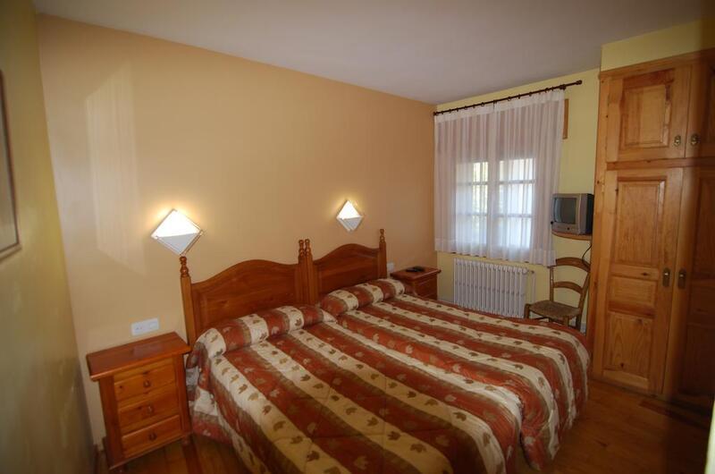 Foto 8 Hotel Pensión Casa Vicenta , VIELHA