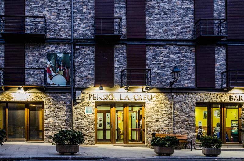 Foto 1 Hotel Pensió La Creu, ESTERRI D'ANEU
