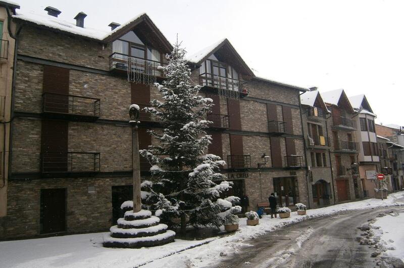 Foto 3 Hotel Pensió La Creu, ESTERRI D'ANEU