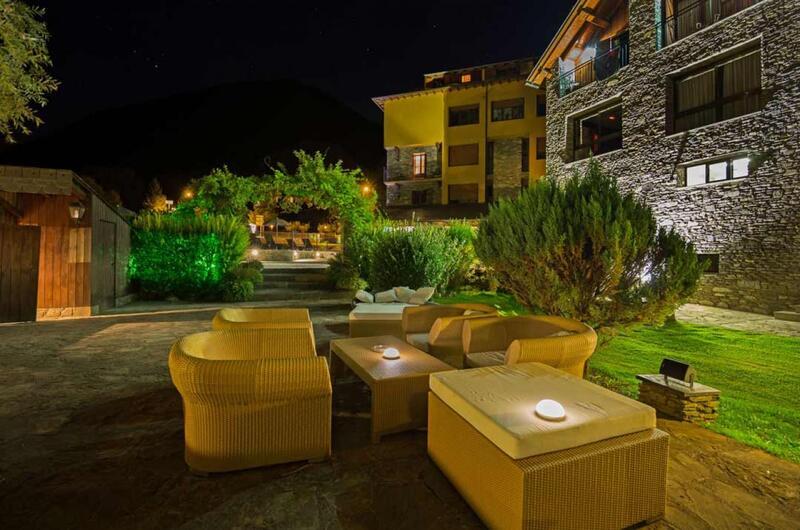 Fotos de Hotel Castellarnau en ESCALO, España (2)