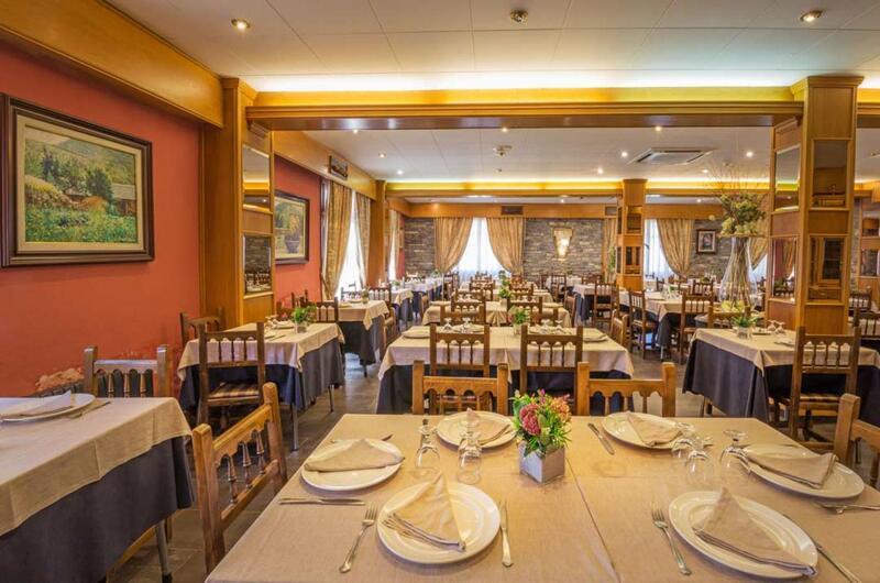 Fotos de Hotel Castellarnau en ESCALO, España (3)
