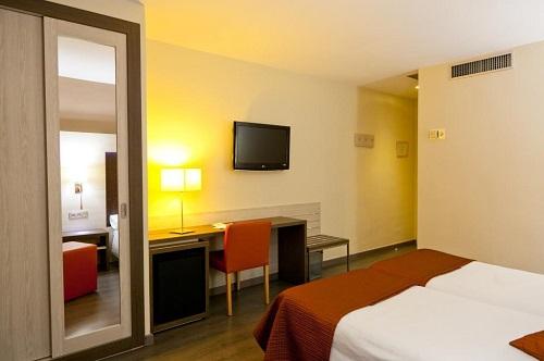 Fotos de HOTEL ALIXARES en GRANADA, España (1)