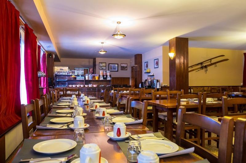 Photos of Hotel Peretol in VALLS DE VALIRA, SPAIN (2)