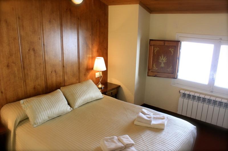Fotos de Hotel Peretol en VALLS DE VALIRA, ESPANYA (6)