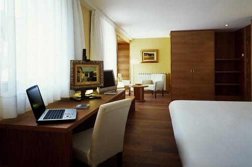 Foto 2 Hotel Hotel Cardos, RIBERA DE CARDOS