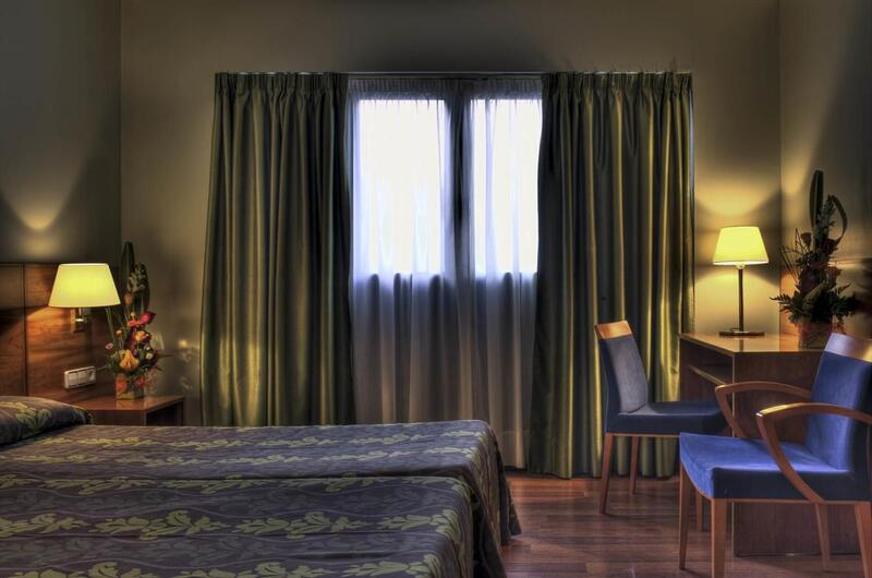 Hotel Zenit Diplomatic21